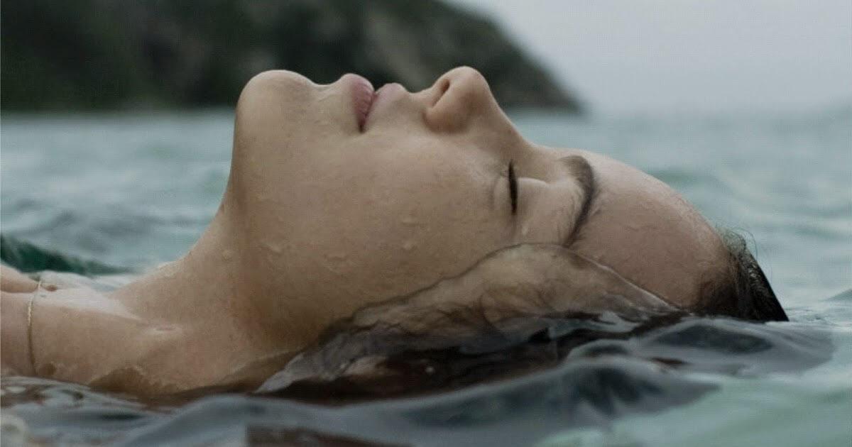 Resultado de imagem para my head underwater but i m breathing fine