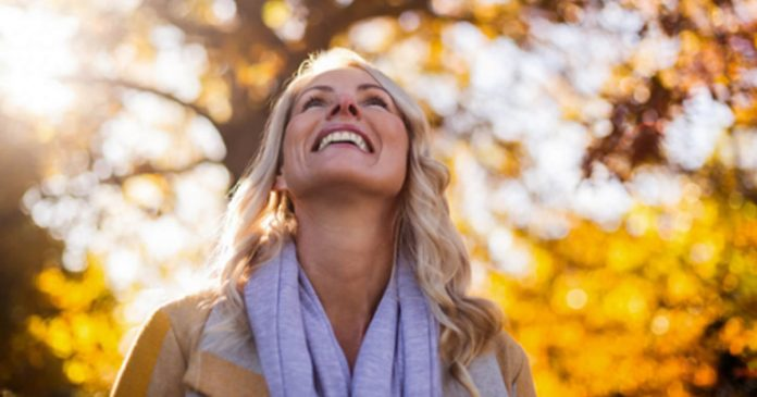 11-maneiras-simples-de-encontrar-alegria-em-sua-vida-cotidiana