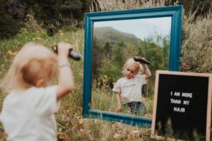 filha-raspando-a-cabeça-com-cancer