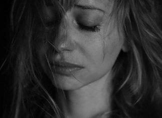 nao-se-entregue-a-tristeza-nao-deixe-uma-onda-de-pessimismo-lhe-envolver