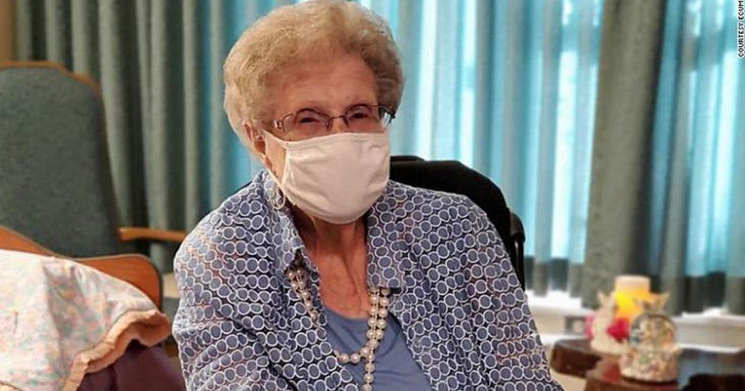 com-107-anos-ela-comemora-ter-sobrevivido-a-duas-pandemias