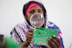 mulheres-zanzibar-luz-aldeias-carentes