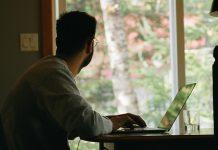 trabalhar-mais-de-55-horas-por-semana-aumenta-o-risco-de-morte-diz-estudo-da-oms