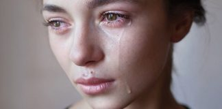 acolha-a-sua-tristeza-e-escute-o-que-ela-quer-te-ensinar