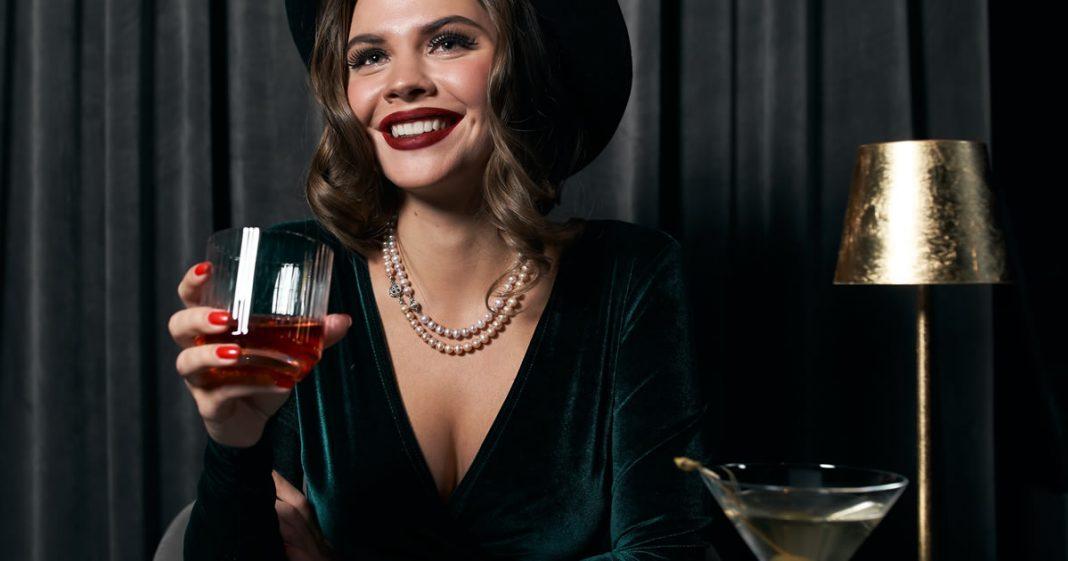 volte-a-se-apaixonar-quando-estiver-preparado-enquanto-isso-tome-um-drink-e-se-apaixone-por-voce
