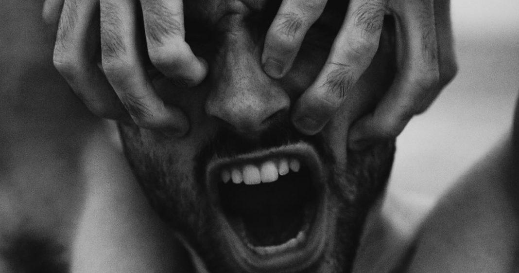 enxaquecas-com-vomitos-um-sinal-de-que-a-saude-mental-pede-socorro