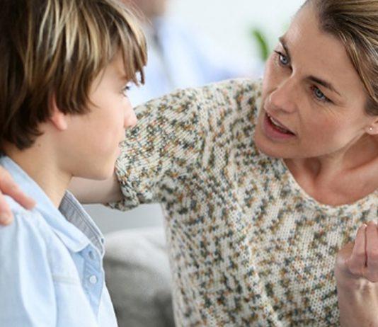 pais-controladores-causam-danos-psicologicos-nos-filhos-ao-longo-da-vida-diz-estudo